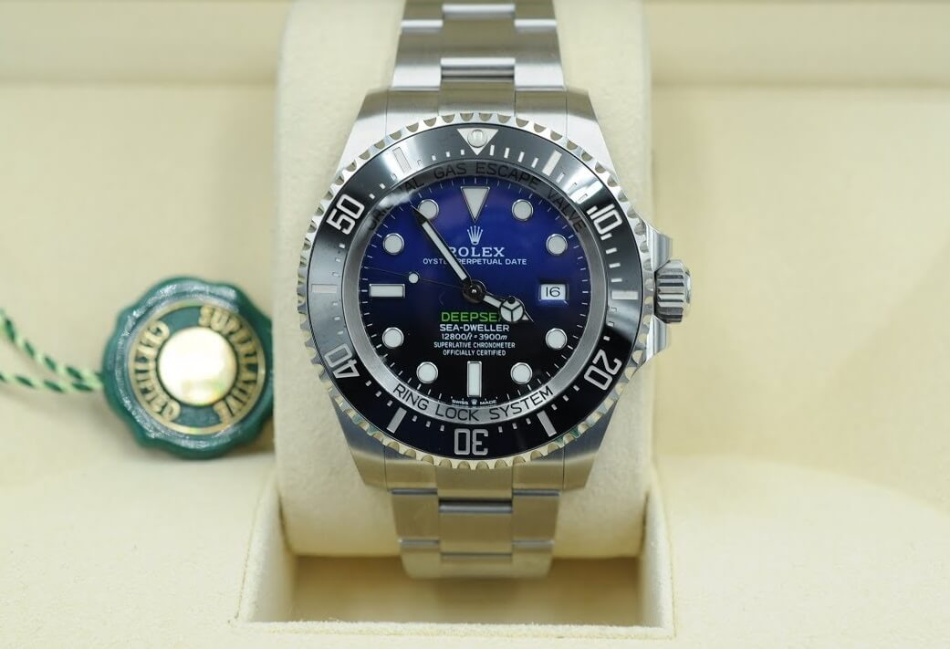 Rolex Sea-Dweller 126660 Replica